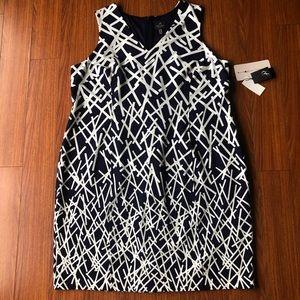 Adrianna Papell sz 24 W geo sheath dress